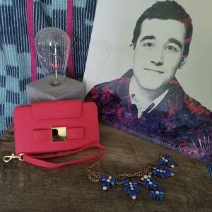 Handbags - NWT Pink Phone Wristlet Cardholder Case